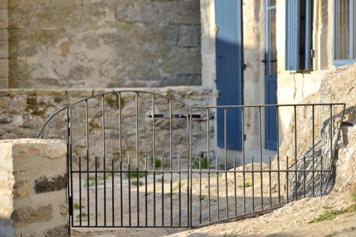 Maison de village : travaux-maison-construction-renovation-extension-decoration-almuneauarchitecteurs-portillon-fin.jpg