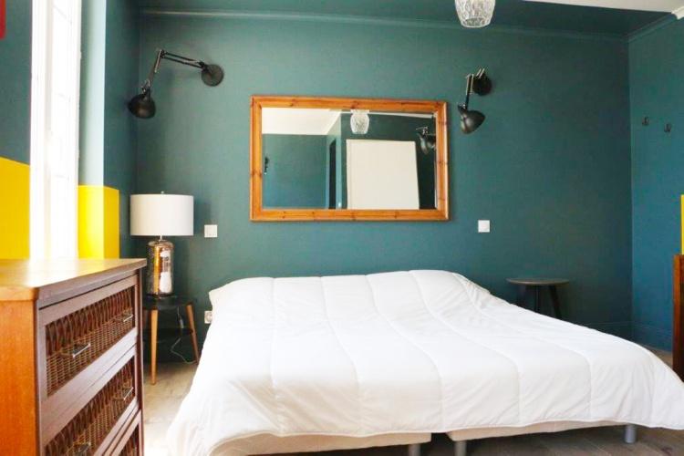 Projet ROU : LUSSAC-SAINT-EMILION-rehabilitation-renovation-maison-individuelle-grange-surelevation-extension-piscine-interieur-20