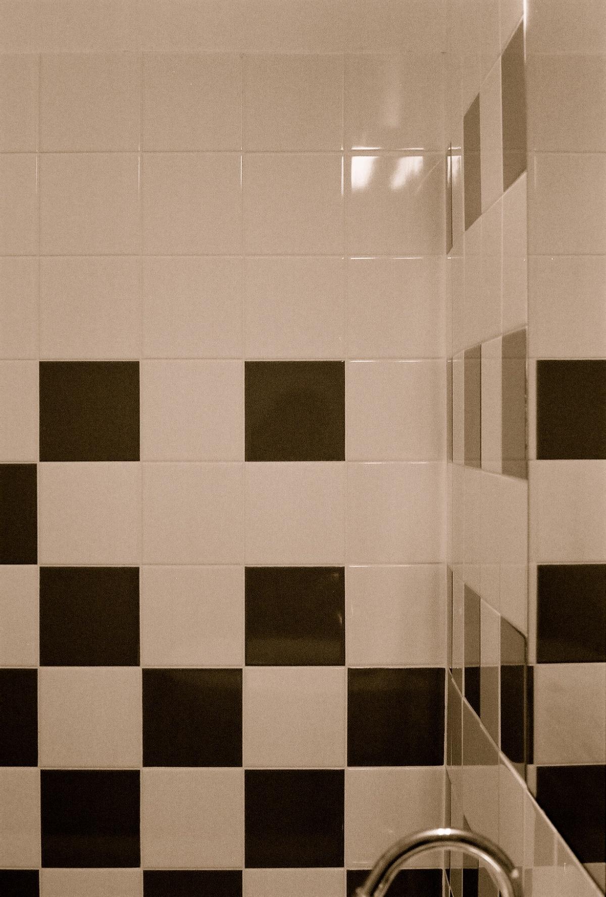Domofrance : amélioration des salles de bains/salles d'eau de la résidence Le Sulky : FH000016.JPG