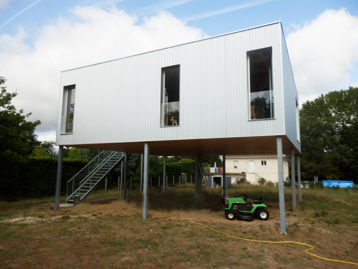Construction d'une maison à Ayguemorte les Graves : P8060112.JPG