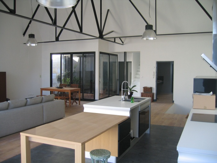 Architectes loft a cauderan bordeaux for Plan piece a vivre 40m2