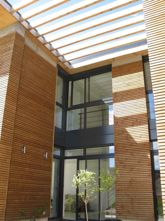 Maison bioclimatique t.h.p.e. : le patio
