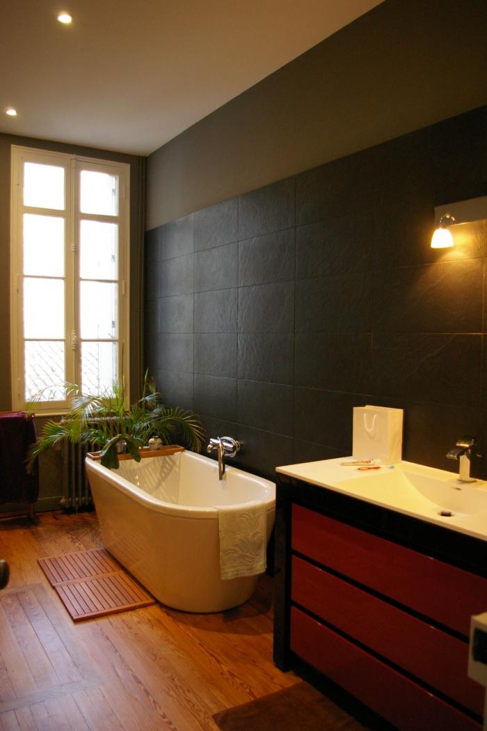 Réaménagement d'un appartement et création d'une terrasse : 57- 011