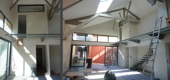 Hangar réhabilité en maison familiale : Mezzanine sans bois