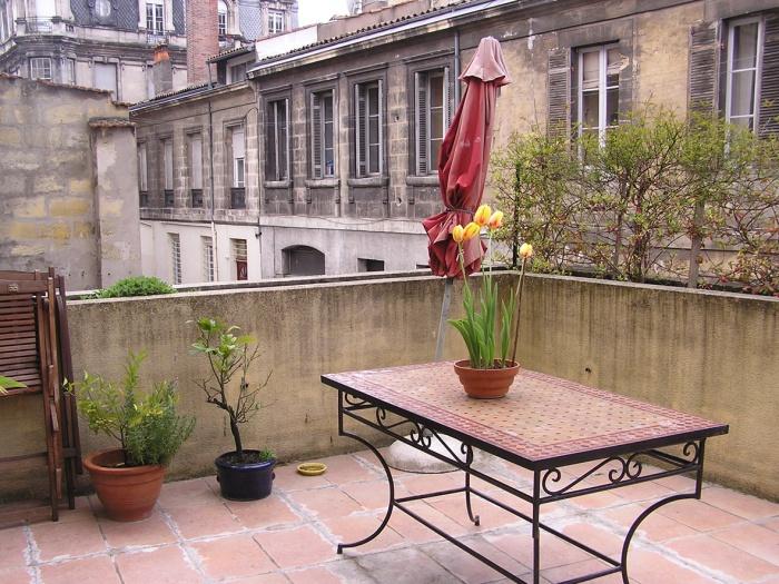 Surélévation parpaing bois pierre : EDL vue terrasse