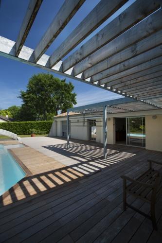 Extension d'une maison d'habitation et aménagements extérieurs : image_projet_mini_64330