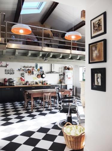 Réhabilitation de deux maisons jumelles : 8. porte cuisine