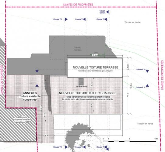 Intégration d'une maison neuve dans une ferme désafectée : 13-027 - PRO-DCE - PLAN TOITURE