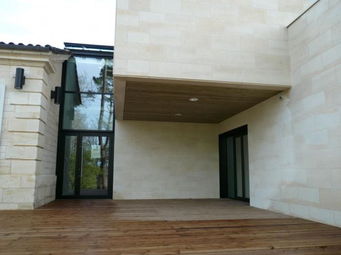 Rénovation & extension de la Mairie de Sadirac : sad entree