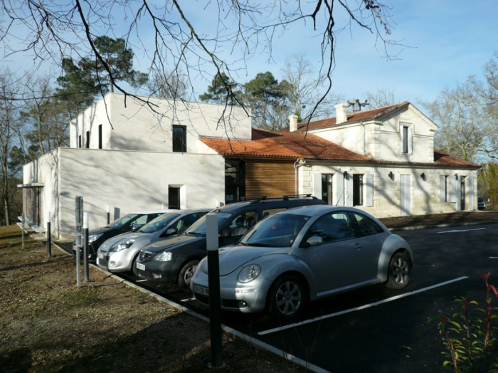 Rénovation & extension de la Mairie de Sadirac : facade nord