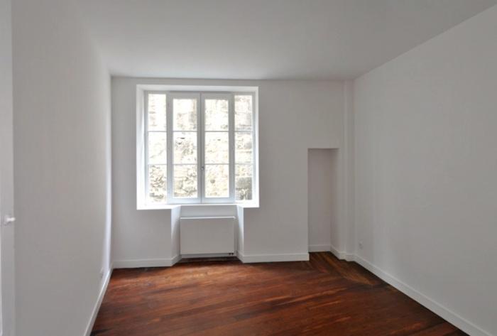 un premier étage aux Chartrons : chambre2 (1)