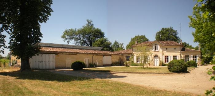 Construction d'un cuvier viticole, isolation paille