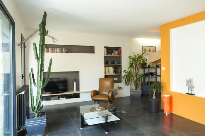 Surélévation et réaménagement  d'une maison d'habitation : salon