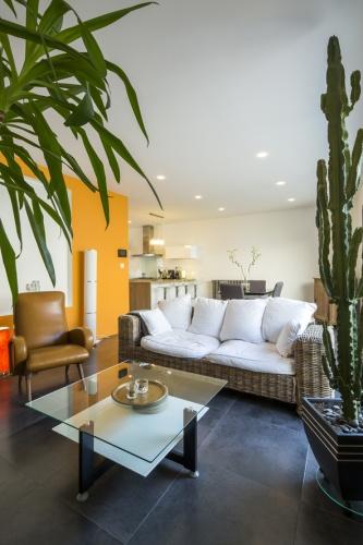 Surélévation et réaménagement  d'une maison d'habitation : salon3