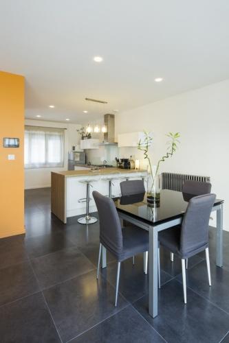 Surélévation et réaménagement  d'une maison d'habitation : cuisine
