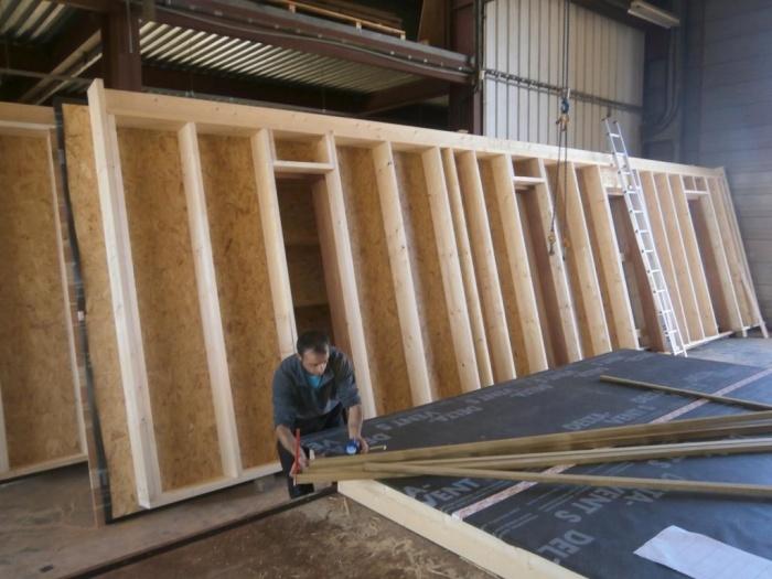 Le fournil des Boiens à Biganos (33) : 04 Préfabrication murs.JPG