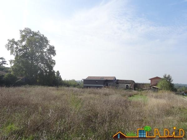 Intégration d'une maison neuve dans une ferme désafectée : MAison JOA-Salignac (14)