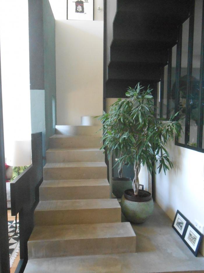 Architectes maison b bordeaux - Escalier beton lisse ...
