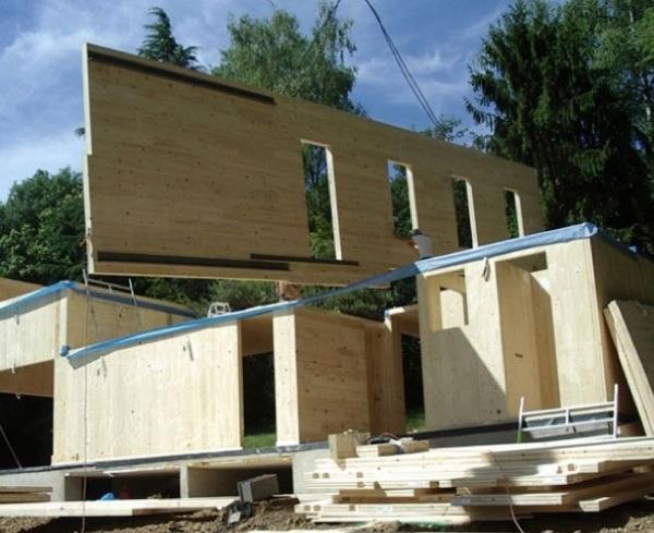 SOLFERINO, maison COMPACTE, prePASSIVE, LOW-COST : économie maitrisé avec la préfabrication