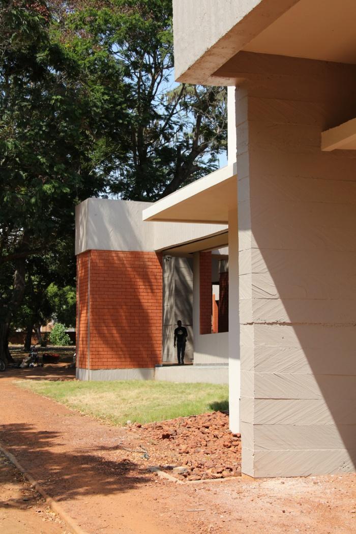 Institut Français du Togo : IMG_5856_Light