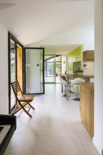 Réaménagement d'une maison d'habitation : entrée2