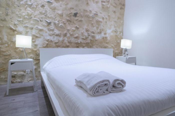 rénovation habitation et locaux professionnels : chambre blanche.jpg