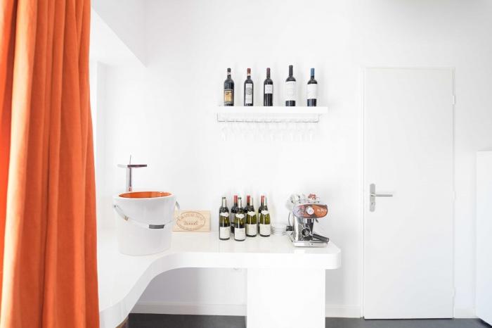 rénovation habitation et locaux professionnels : espace dégustation.jpg