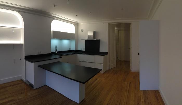 transformation Bureaux en appartement : cuisine.jpg
