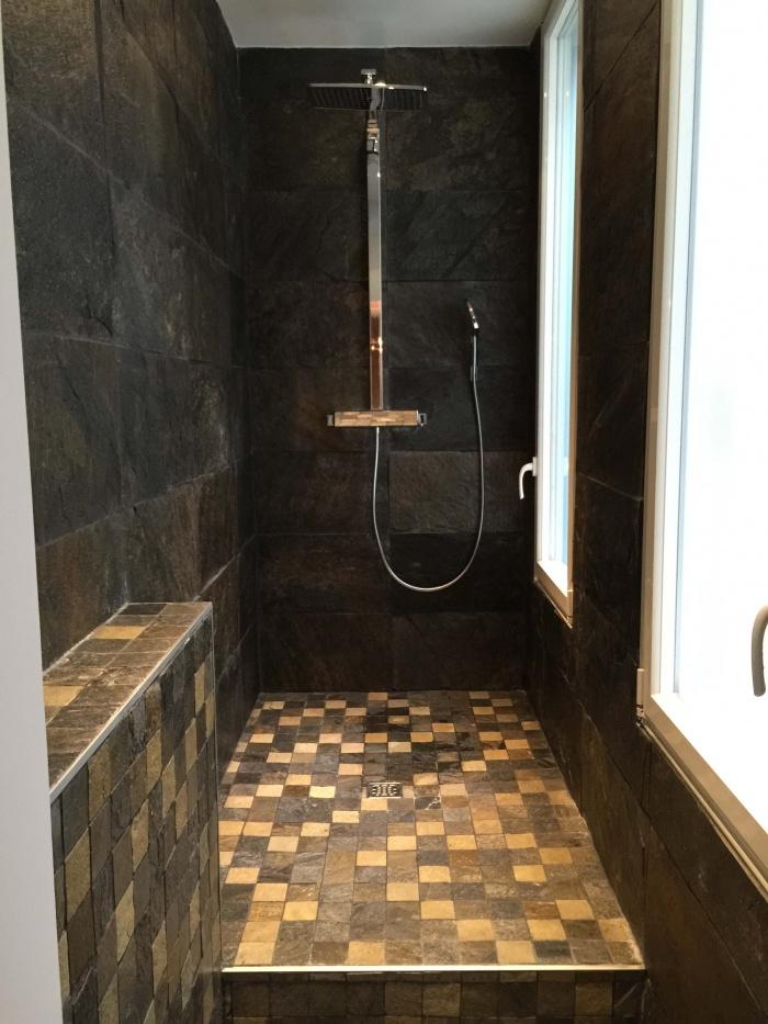 transformation Bureaux en appartement : douche italienne.jpg