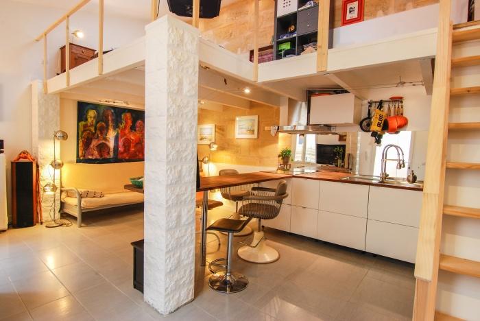 XS room