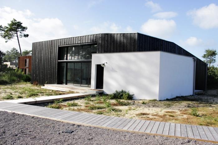 MONOLITH HOUSE : monolith 7