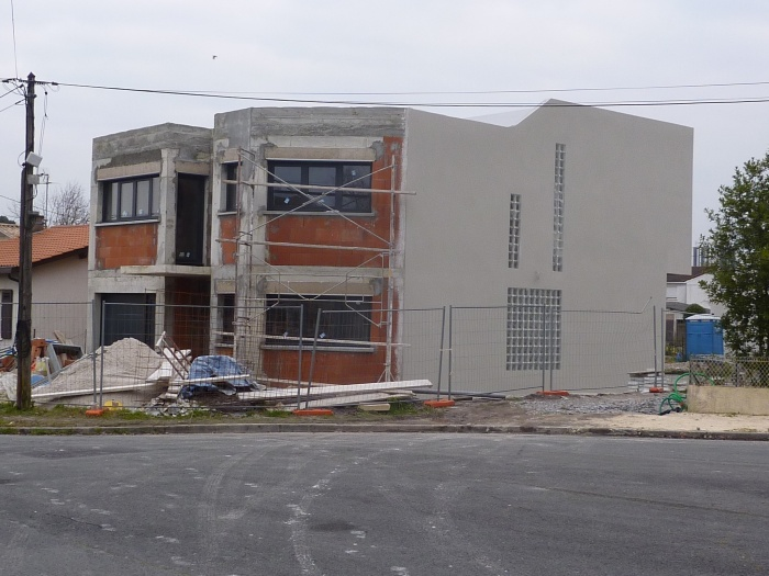 Construction maison contemporaine pessac respectant la for Construction rt 2012