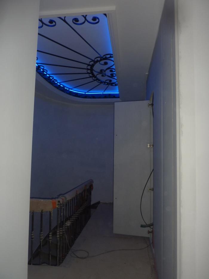 Réhabilitation, surélévation et extension d'un immeuble à Bordeaux : Plafonnier escalier