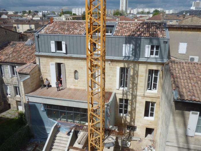 Réhabilitation, surélévation et extension d'un immeuble à Bordeaux : Vue aérienne
