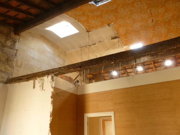 Rénovation complète d'une maison de ville : Démolition du plancher du R+2