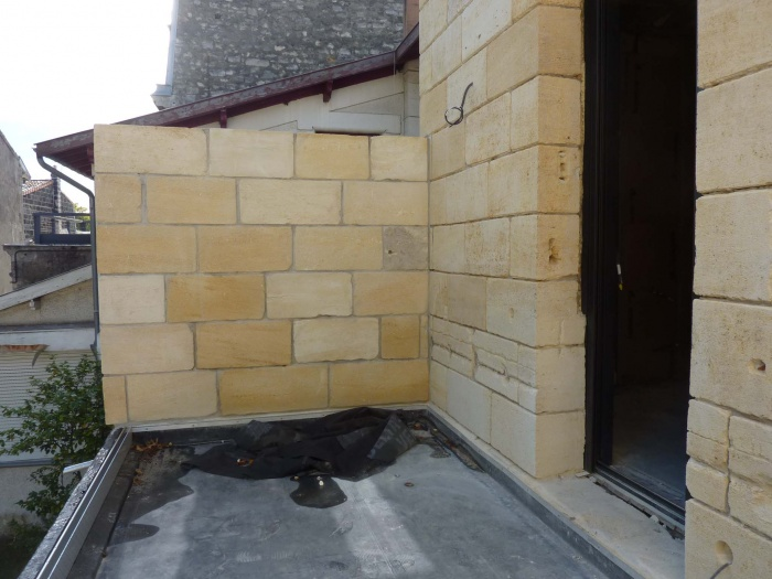 Rénovation complète d'une maison de ville : Façade pierre