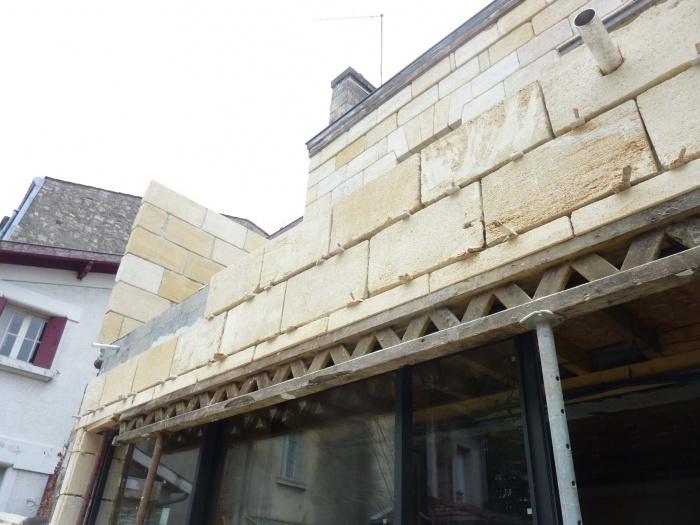 Rénovation complète d'une maison de ville : Placage pierre