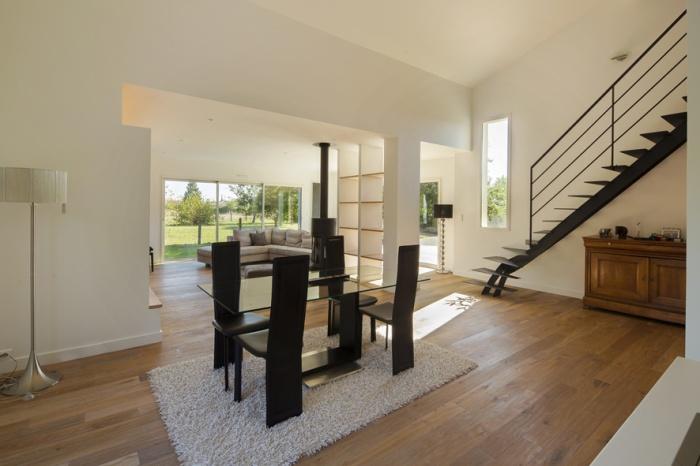 Extension et réaménagement d'une maison d'habitation : vue intérieure 4