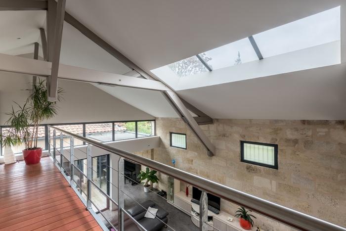 Hangar réhabilité en maison familiale : Lemoigne 4