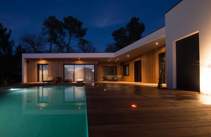 Maison contemporaine sur le bassin : e5e2707aef40b15d1c695a70392701d0.jpeg