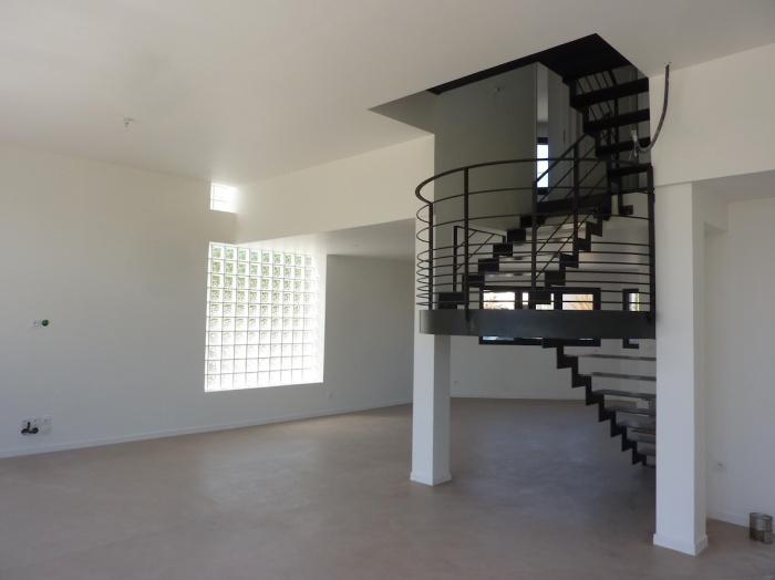 Construction maison contemporaine à Pessac respectant la RT 2012 : Pes 14