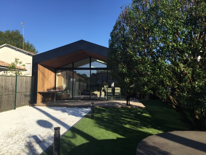 Architectesbordeauxcom  Maison F Toiture vraiment en pente  Sud  Ouest