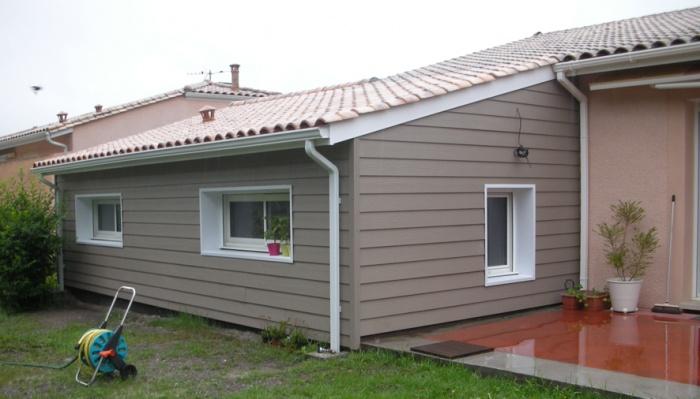 Extension d'une maison d'habitation : vue arrière