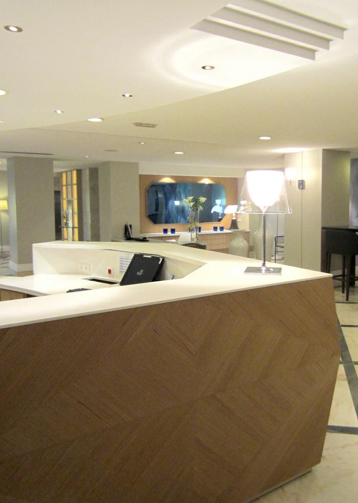 Vichy Lobby 03