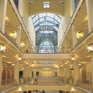 Centre de commerces et de services : Kursky12 a