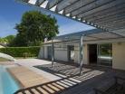Extension d'une maison d'habitation et aménagements extérieurs