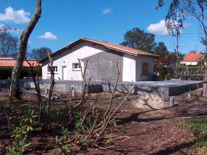Extension tout bois d 39 une maison existante sur parcelle for Agrandissement maison loi