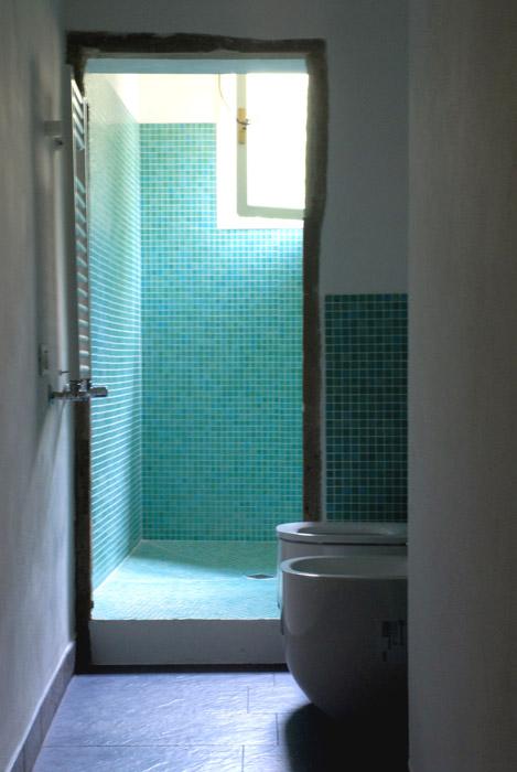 carreaux céramique turquoise salle de bain