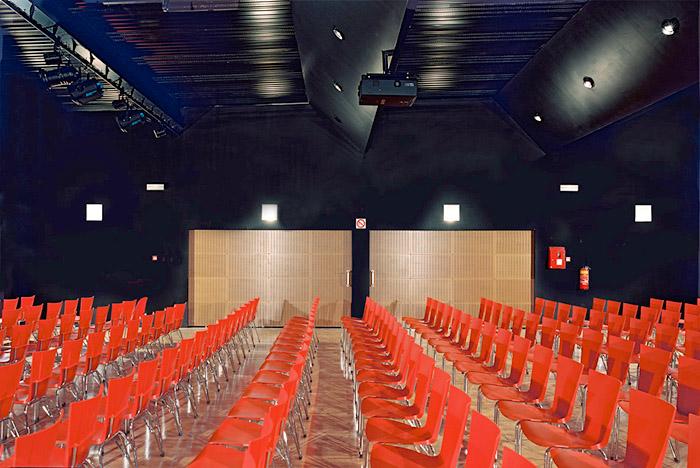 intérieur de salle de spectacle